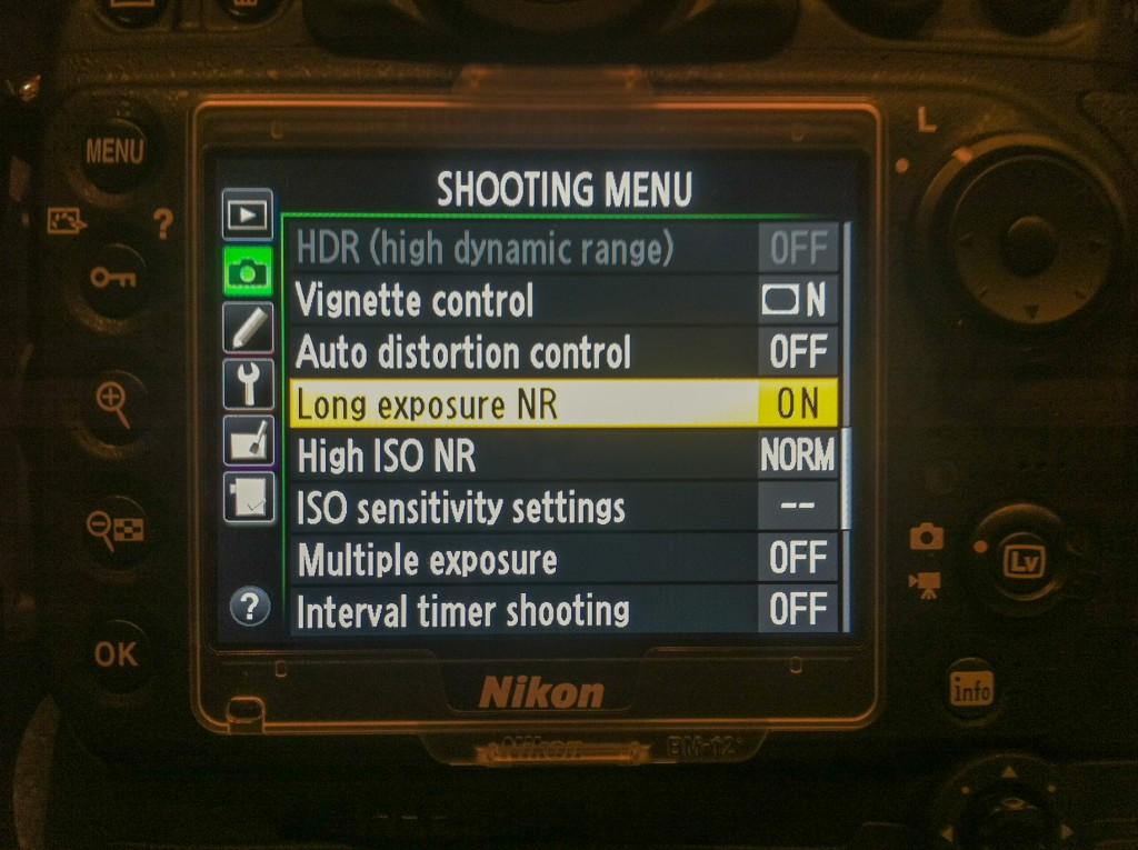 Nikon D800 menu screen showing the Long noise reduction settings