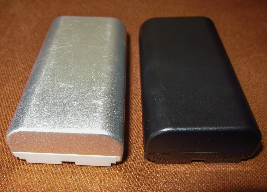 Silver vs Black Phase One 7.2 volt batteries no 2